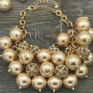 Gorgeous Pearl and Crystal Statement Necklace